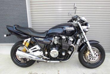 ヤマハXJR1200